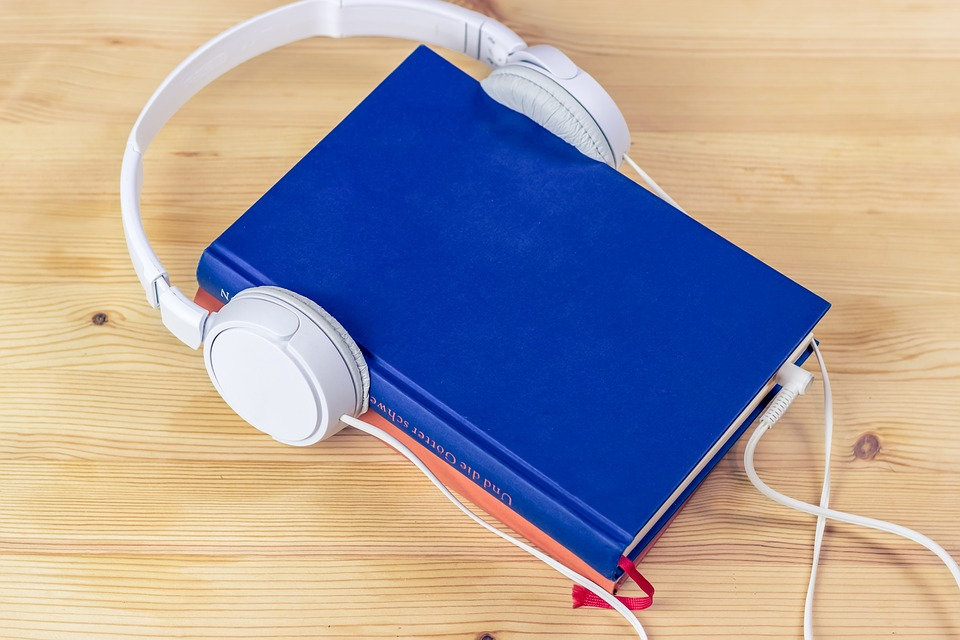 Best Audiobooks To Listen To On The Road